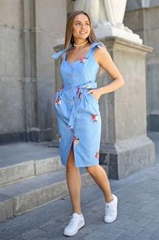 Сарафан голубой джинс вышивка цветы - фото 14212
